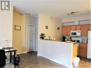 Photo 2: 109 SEABOLT DRIVE in Hinton: Condo for sale : MLS®# AW52199