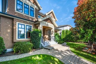 Photo 2: 1079 W 47TH Avenue in Vancouver: South Granville House for sale (Vancouver West)  : MLS®# R2624028