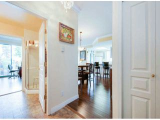 """Photo 2: 404 1785 MARTIN Drive in Surrey: Sunnyside Park Surrey Condo for sale in """"SOUTHWYND"""" (South Surrey White Rock)  : MLS®# F1412611"""