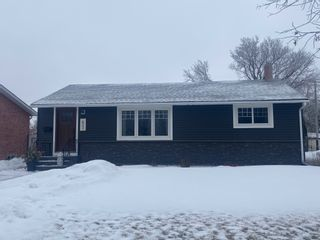 Photo 1: 633 King Avenue in Portage la Prairie: House for sale (SouthEast)  : MLS®# 202101806