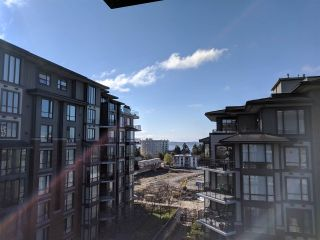 "Photo 9: 601 1580 MARTIN Street: White Rock Condo for sale in ""Sussex House"" (South Surrey White Rock)  : MLS®# R2361568"
