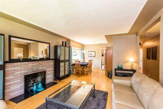 "Photo 3: 7391 NEWCOMBE Street in Burnaby: East Burnaby House for sale in ""BURNABY EAST"" (Burnaby East)  : MLS®# R2284034"