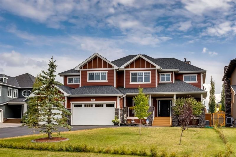 FEATURED LISTING: 976 East Chestermere Drive West Chestermere