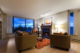 """Photo 4: 800 5890 BALSAM Street in Vancouver: Kerrisdale Condo for sale in """"CAVENDISH"""" (Vancouver West)  : MLS®# V912082"""