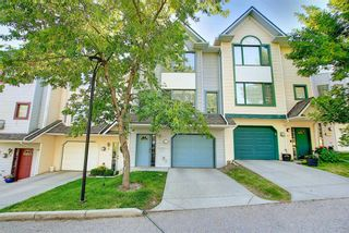 Photo 3: 7 Patina Point SW in Calgary: Patterson Row/Townhouse for sale : MLS®# A1126109