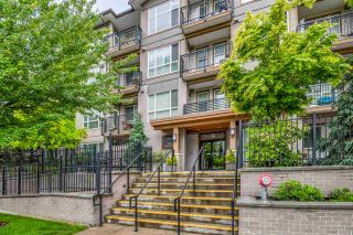 "Photo 1: 301 2343 ATKINS Avenue in Port Coquitlam: Central Pt Coquitlam Condo for sale in ""PEARL"" : MLS®# R2372122"