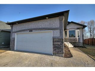 Photo 17: 324 Rosybloom Lane in ILEDESCH: Glenlea / Ste. Agathe / St. Adolphe / Grande Pointe / Ile des Chenes / Vermette / Niverville Residential for sale (Winnipeg area)  : MLS®# 1509394