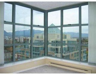 """Photo 8: 1603 1188 QUEBEC ST in Vancouver: Mount Pleasant VE Condo for sale in """"CITY GATE"""" (Vancouver East)  : MLS®# V556108"""
