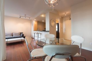 """Photo 7: 509 1018 CAMBIE Street in Vancouver: Yaletown Condo for sale in """"Marina Pointe - Waterworks"""" (Vancouver West)  : MLS®# R2122764"""