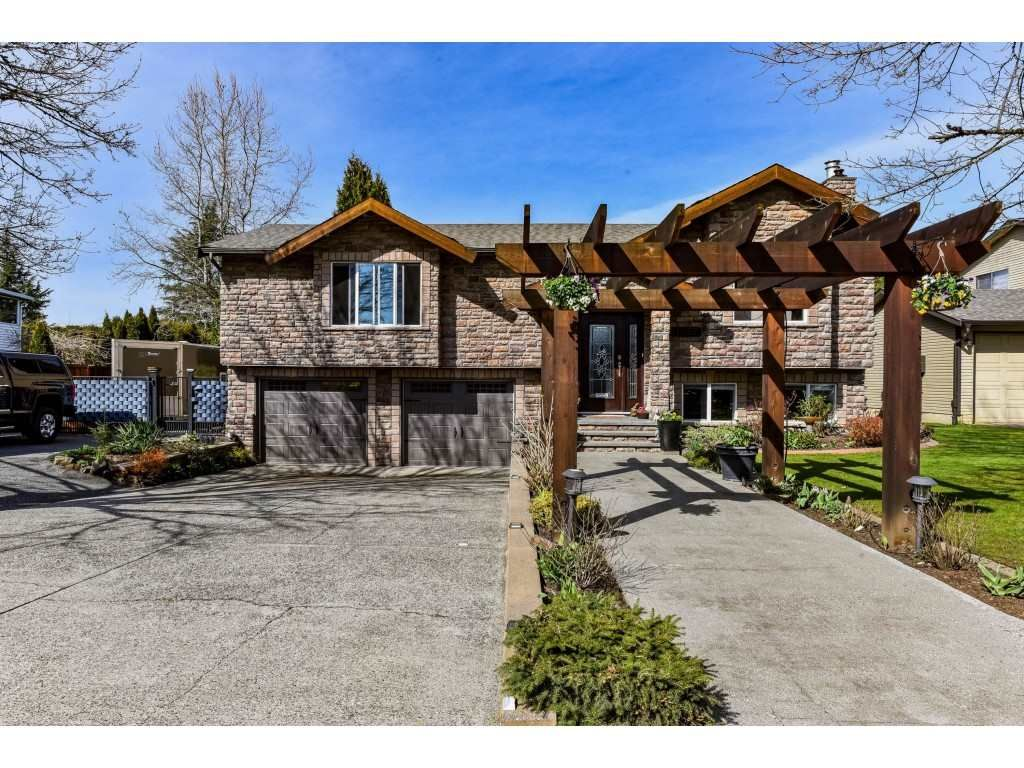 Welcome to 21237 - 93 Ave., Langley!