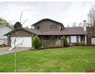 """Photo 1: 3703 BURNSIDE Drive in Abbotsford: Abbotsford East House for sale in """"Sandy Hill"""" : MLS®# F2708530"""