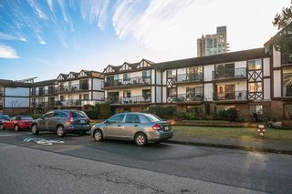 """Photo 16: 207 131 W 4TH Street in North Vancouver: Lower Lonsdale Condo for sale in """"NOTTINGHAM PLACE"""" : MLS®# R2221675"""