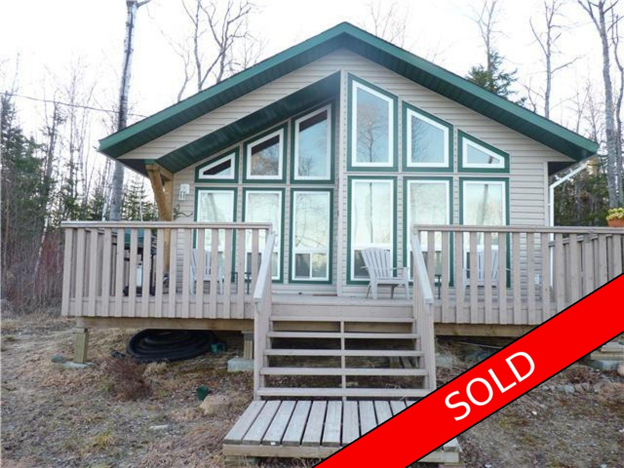 Main Photo: 108 Pelican Harbour Road in Manigotagan, MB R0E1E0: House for sale : MLS®# 1610717