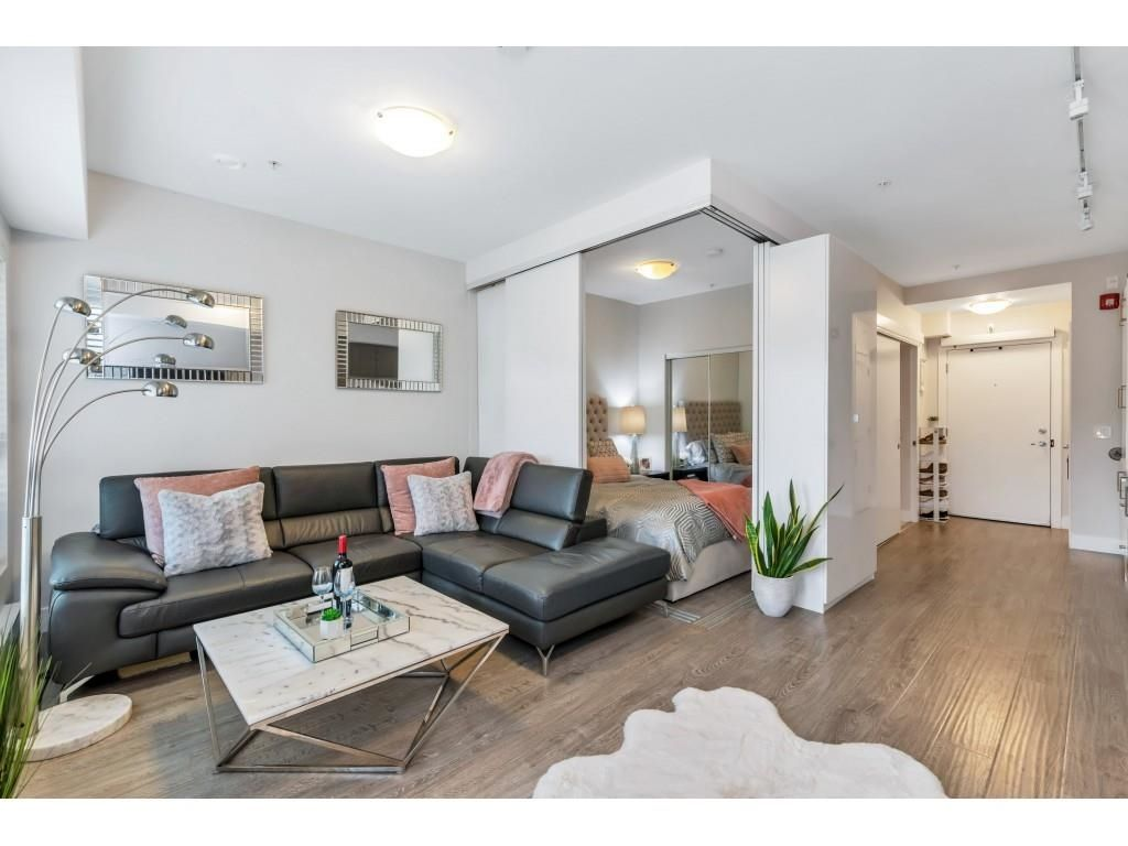 """Main Photo: 305 809 FOURTH Avenue in New Westminster: Uptown NW Condo for sale in """"LOTUS"""" : MLS®# R2625331"""