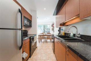Photo 5: 3422 NAIRN Avenue in Vancouver: Champlain Heights Townhouse for sale (Vancouver East)  : MLS®# R2399813