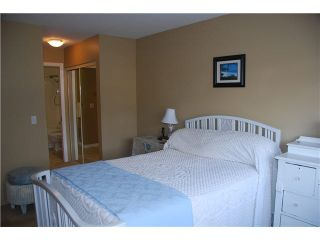 """Photo 10: 302 450 BROMLEY Street in Coquitlam: Coquitlam East Condo for sale in """"BROMLEY MANOR"""" : MLS®# V1109047"""