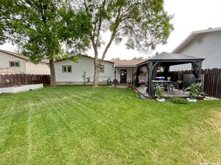Photo 38: 38 Corkery Bay in Regina: Normanview West Residential for sale : MLS®# SK859485