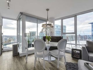Photo 6: PH 3001 131 REGIMENT Square in Vancouver: Downtown VW Condo for sale (Vancouver West)  : MLS®# R2119062