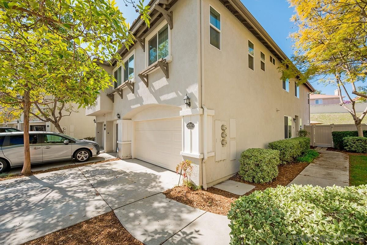 Main Photo: CHULA VISTA Townhouse for sale : 3 bedrooms : 1260 Stagecoach Trail Loop