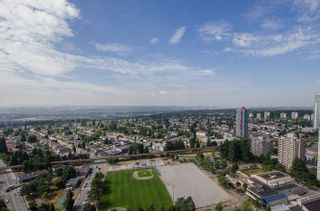 "Photo 11: 4202 6538 NELSON Avenue in Burnaby: Metrotown Condo for sale in ""MET2"" (Burnaby South)  : MLS®# R2203033"