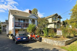 Photo 1: 3154 CARROLL St in : Vi Burnside Half Duplex for sale (Victoria)  : MLS®# 886691