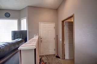 Photo 4: 129 Martinpark Way NE in Calgary: Martindale Detached for sale : MLS®# A1105231