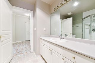 """Photo 28: 203 1705 MARTIN Drive in Surrey: Sunnyside Park Surrey Condo for sale in """"Southwynd"""" (South Surrey White Rock)  : MLS®# R2576884"""