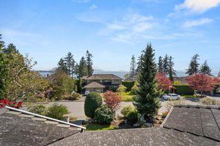 "Photo 5: 13505 13A Avenue in Surrey: Crescent Bch Ocean Pk. House for sale in ""OCEAN PARK"" (South Surrey White Rock)  : MLS®# R2624392"