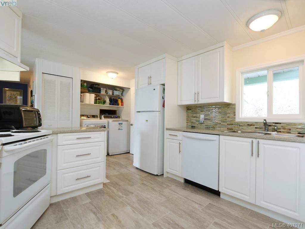 Photo 8: Photos: B 6621 Sooke Rd in SOOKE: Sk Sooke Vill Core Half Duplex for sale (Sooke)  : MLS®# 808999