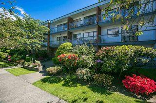 "Photo 2: 308 1950 W 8TH Avenue in Vancouver: Kitsilano Condo for sale in ""MARQUIS MANOR"" (Vancouver West)  : MLS®# R2067324"