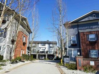 """Photo 2: 44 2495 DAVIES Avenue in Port Coquitlam: Central Pt Coquitlam Townhouse for sale in """"ARBOUR"""" : MLS®# R2561858"""