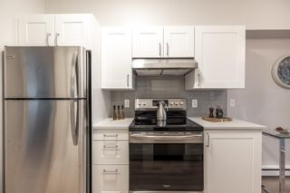 """Photo 15: 105 8139 121A Street in Surrey: Queen Mary Park Surrey Condo for sale in """"THE BIRCHES"""" : MLS®# R2623168"""