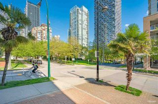"""Photo 18: 202 910 BEACH Avenue in Vancouver: Yaletown Condo for sale in """"Meridian"""" (Vancouver West)  : MLS®# R2581260"""