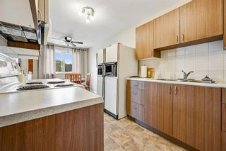 Photo 9: 313 42 Street SE in Calgary: Forest Heights Semi Detached for sale : MLS®# A1118275