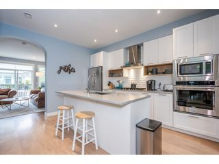 """Photo 7: 5 288 171 Street in Surrey: Pacific Douglas Townhouse for sale in """"Summerfield"""" (South Surrey White Rock)  : MLS®# R2508746"""