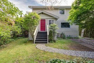 "Photo 1: 38724 BUCKLEY Avenue in Squamish: Dentville House for sale in ""Dentville"" : MLS®# R2572436"