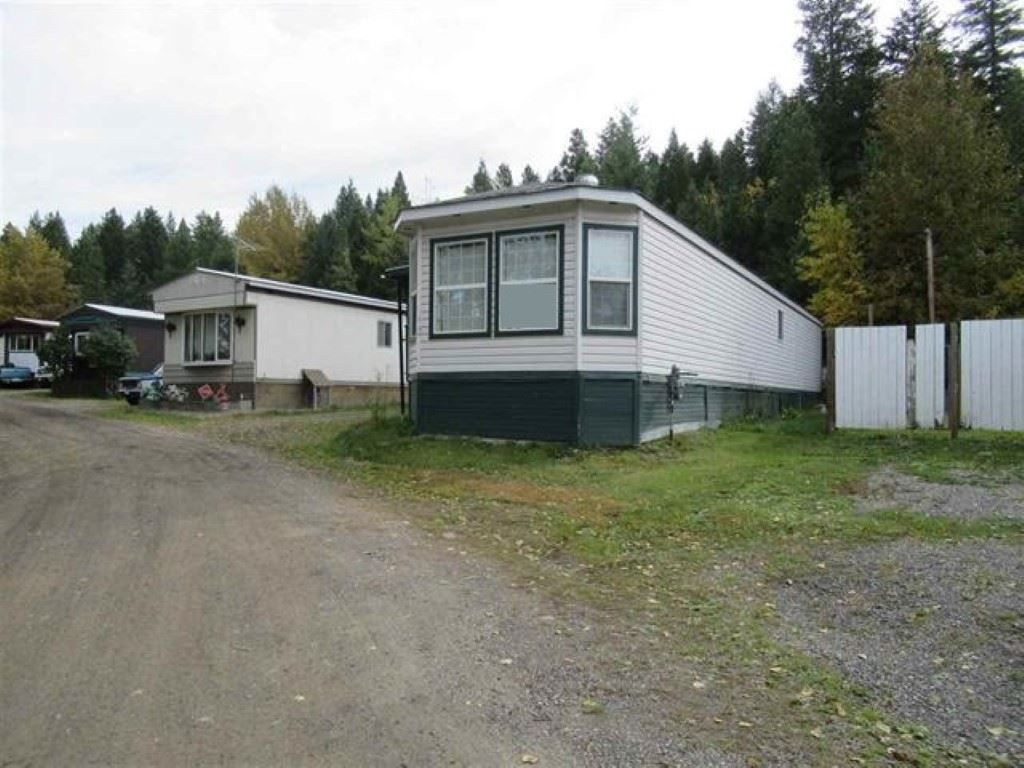 Main Photo: 12 3028 PIGEON Road: 150 Mile House Manufactured Home for sale (Williams Lake (Zone 27))  : MLS®# R2503979