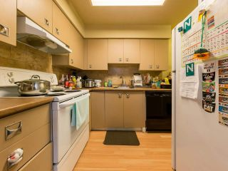 """Photo 8: 333 E 5TH Street in North Vancouver: Lower Lonsdale 1/2 Duplex for sale in """"LOWER LONSDALE"""" : MLS®# R2529429"""