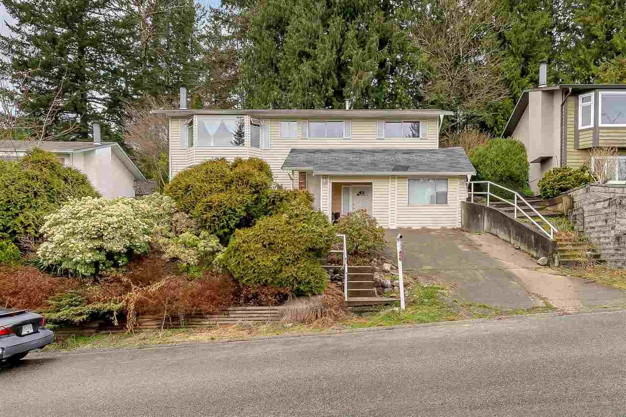 Main Photo: 8053 CARIBOU Street: House for sale in Mission: MLS®# R2561306