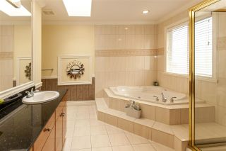 Photo 8: 2116 TURNBERRY Lane in Coquitlam: Westwood Plateau House for sale : MLS®# R2208356