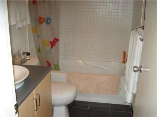 """Photo 7: 1009-155 West 1st Street in North Vancouver: Lower Lonsdale Condo for sale in """"TIME EAST"""" : MLS®# V860373"""