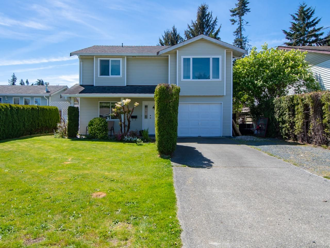 Main Photo: 2822 Fairmile Rd in CAMPBELL RIVER: CR Willow Point House for sale (Campbell River)  : MLS®# 813646
