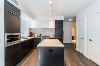 """Photo 3: 902 5233 GILBERT Road in Richmond: Brighouse Condo for sale in """"RIVER PARK PLACE"""" : MLS®# R2216925"""