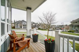 """Photo 4: 6042 163A Street in Surrey: Cloverdale BC House for sale in """"West Cloverdale"""" (Cloverdale)  : MLS®# R2554056"""