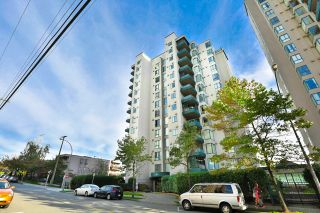"Photo 1: 502 410 CARNARVON Street in New Westminster: Downtown NW Condo for sale in ""CARNARVON PLACE"" : MLS®# R2012718"