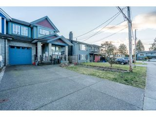 Photo 3: 19418 117 Avenue in Pitt Meadows: South Meadows 1/2 Duplex for sale : MLS®# R2544072