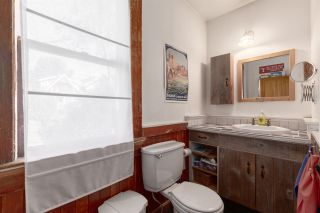"""Photo 12: 1937 GRAVELEY Street in Vancouver: Grandview Woodland House for sale in """"Commercial Drive"""" (Vancouver East)  : MLS®# R2404224"""