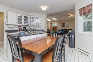 Photo 9: 2373 Larsen Rd in : ML Shawnigan House for sale (Malahat & Area)  : MLS®# 887877