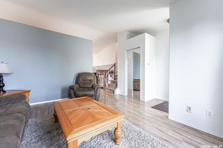 Photo 4: 203 Carter Crescent in Saskatoon: Confederation Park Residential for sale : MLS®# SK870496