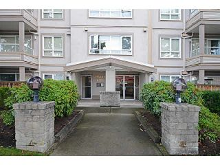 Photo 1: 403 4950 MCGEER STREET in Vancouver: Collingwood VE Condo for sale (Vancouver East)  : MLS®# V1142563